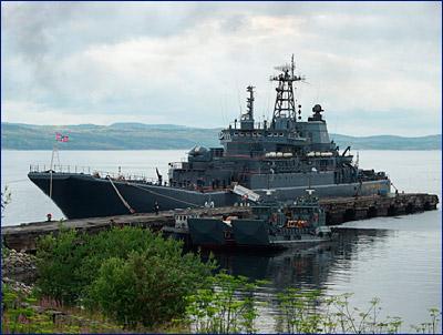 БДК Северного флота оснастит компания, директор которой поставлял ВМФ английскую мебель
