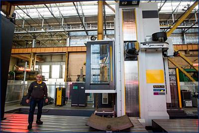 На Балтийском заводе ввели в эксплуатацию итальянский фрезерный станок
