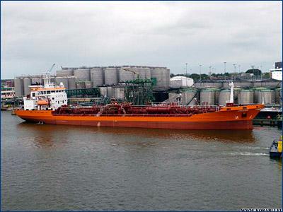 В Рижском заливе горит танкер с дизельным топливом