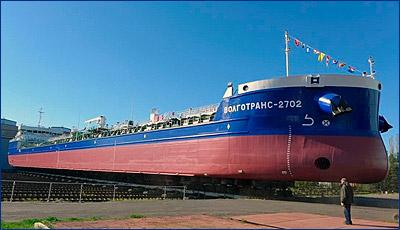 Завод «Красное Сормово» передал «Волготрансу» два танкера-химовоза