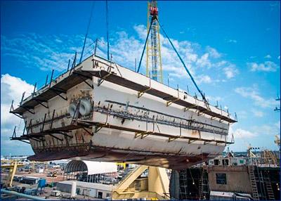 В США спустили на воду 69-й эсминец класса «Арли Бёрк»
