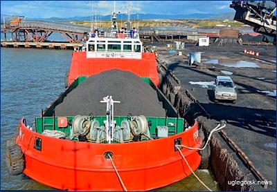 Для рейдовой перевалки в порту Шахтерск были построены 6 судов