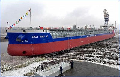 На «Красном Сормово» спущен на воду третий танкер-химовоз проекта RST27M