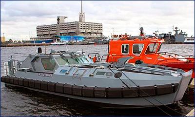 На учениях в Кронштадте протестировали новейшую десантно-штурмовую лодку