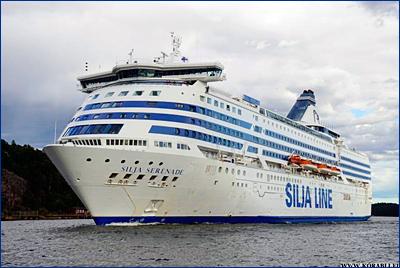 По пути из Турку в Стокгольм пропал выпавший за борт пассажир с парома «Silja Serenade»
