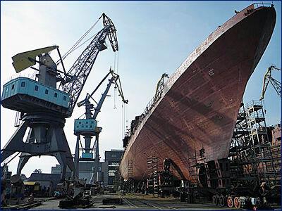 На «Янтаре» спустили на воду пятый и шестой фрегаты проекта 11356