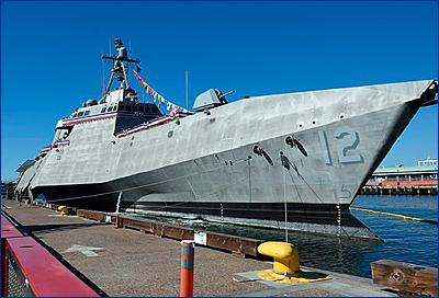 ВМС США приняли на вооружение корабль прибрежной зоны LCS-12 «Омаха»
