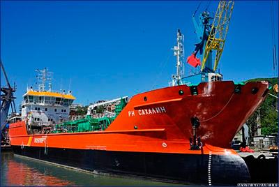 Танкер «РН Сахалин» получил свидетельство морского регистра судоходства