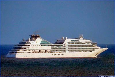 Круизный лайнер «Seabourn Ovation» официально вошел в состав флота Seabourn