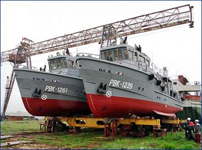 Два новейших водолазных катера отправились на Тихоокеанский флот