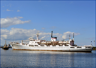 Кронштадтский морской завод приступил к ремонту ОИС ВМФ «Адмирал Владимирский»