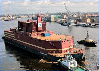 Балтийский завод загрузил в реакторы ПЭБ первые 15 сборок с топливом