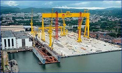 Уникальный плавучий док грузоподъемностью 40 тысяч тонн доставлен на верфь «Звезда»