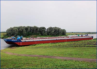 «Окская судоверфь» передала заказчику 5-ю нефтеналивную баржу проекта ROB20