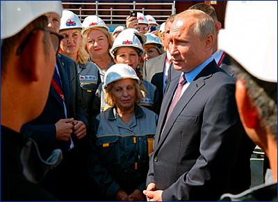 Владимир Путин принял участие в церемонии начала строительства самого крупного сухого дока в России