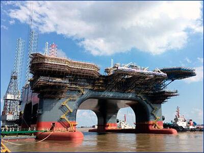 Платформа SOSS Serooskerke спущена на воду в Китае