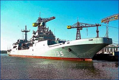Работы по вводу в строй большого десантного корабля проекта 11711  ведутся в соответствии с графиком