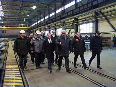 Дмитрий Медведев провел совещание по строительству ледокольного флота на Балтийском заводе