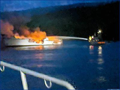 Пожар на судне «Conception» у берегов Калифорнии: 25 погибших