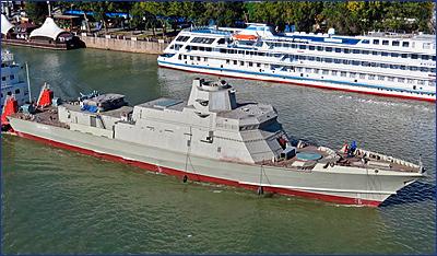 На судзавод «Пелла» доставлен на достройку МРК нового поколения проекта 22800 «Козельск»