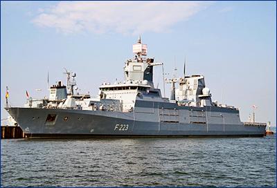 В боевой состав ВМС Германии введен второй фрегат проекта F125