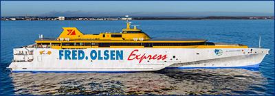 Austal передала первый из двух 118-метровых тримаранов Fred. Olsen Express