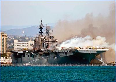 Пожар на корабле ВМС США оказался самым дорогим поджогом в истории