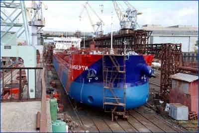 Торжественный спуск головного судна проекта RST27 «СВЛ Либерти» на Херсонском заводе