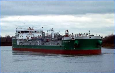 четверый серийный танкер класса проекта RST27
